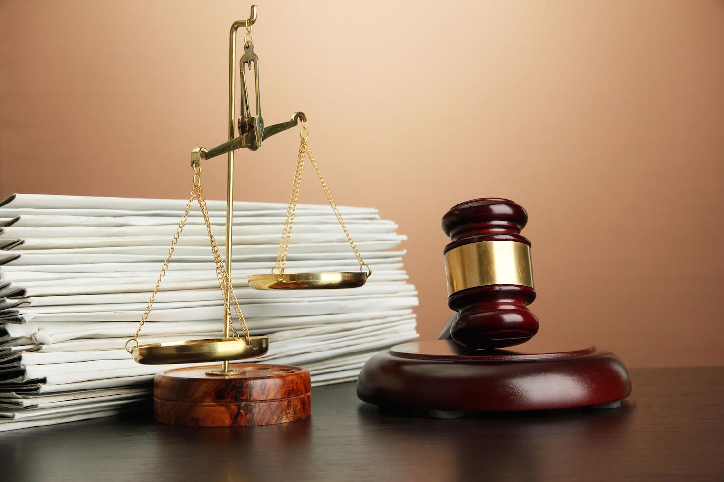 scales-of-justice-gavel-credit-te-belchonock-depositphotos