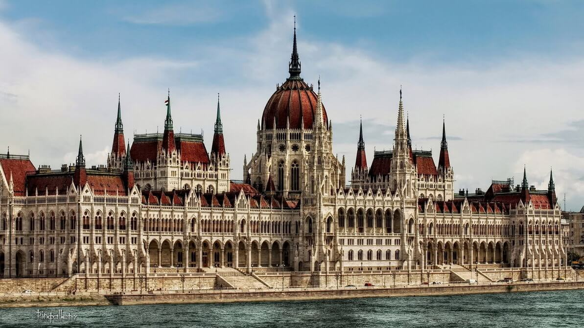 parliament_building___budapest_by_pingallery-d6pezb9